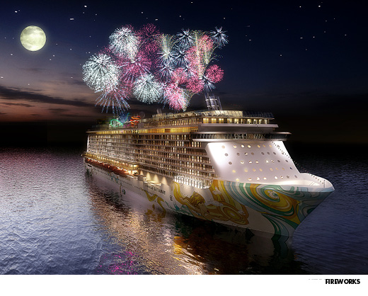 Fireworks over the Norwegian Getaway